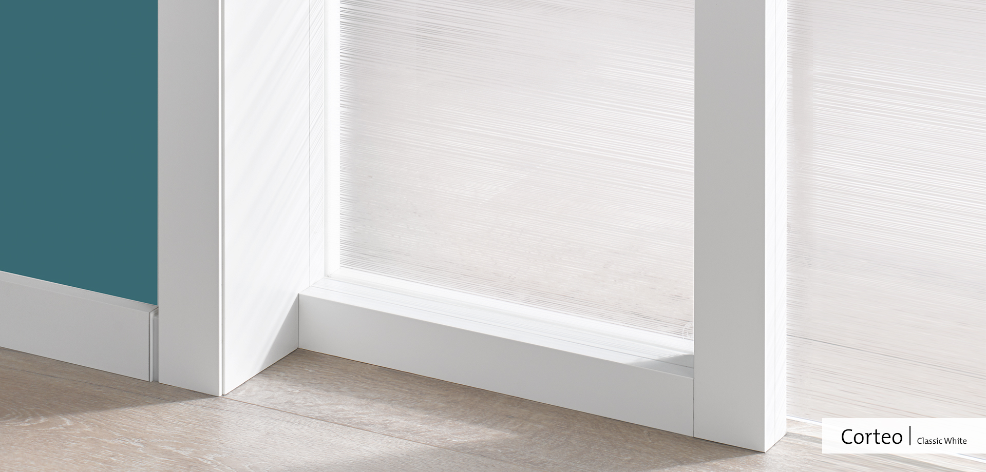 Corteo Detail   Classic White